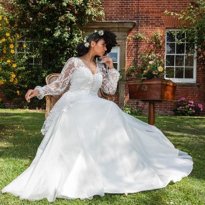 Wedding dress expert, Jennifer Bone gives her top tips for creating a vintage-inspired look