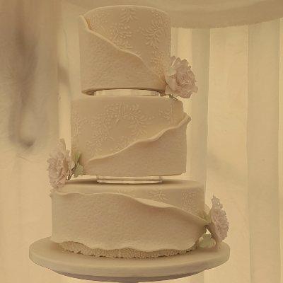 Cake ideas for small weddings
