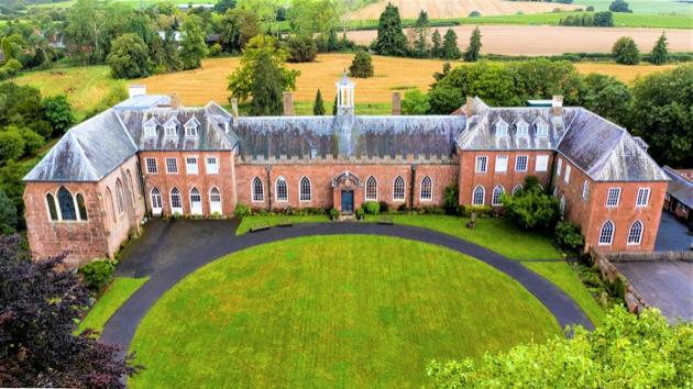 Take a peek at Hartlebury Castle