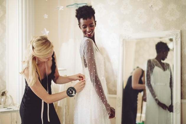 What to expect from your first bridal boutique appointment